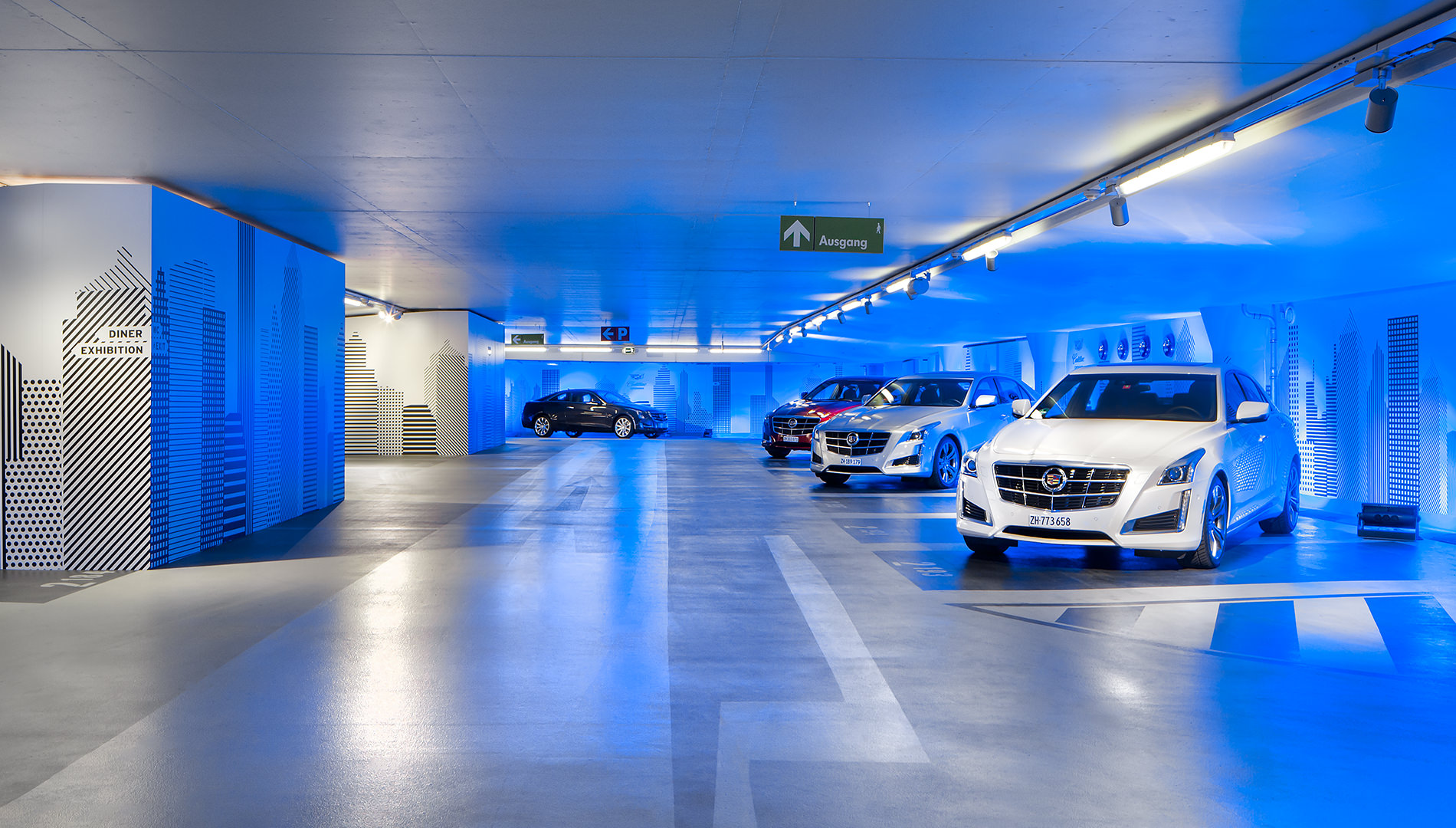 Messe Design Live Kommunikation Berlin Cadillac Experience Autos Parkhaus Going Places EventLabs