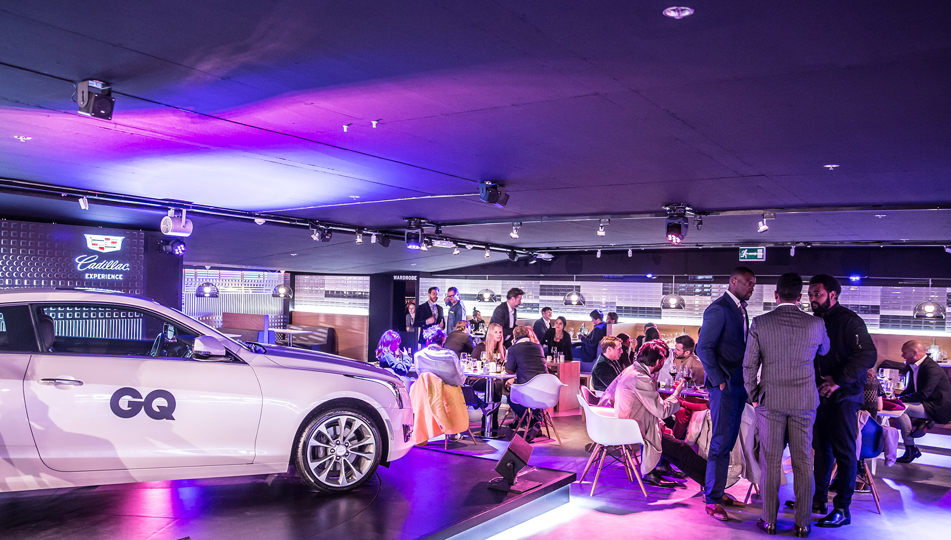 Messe Design Live Kommunikation Berlin Cadillac Experience Gäste Essen Going Places EventLabs