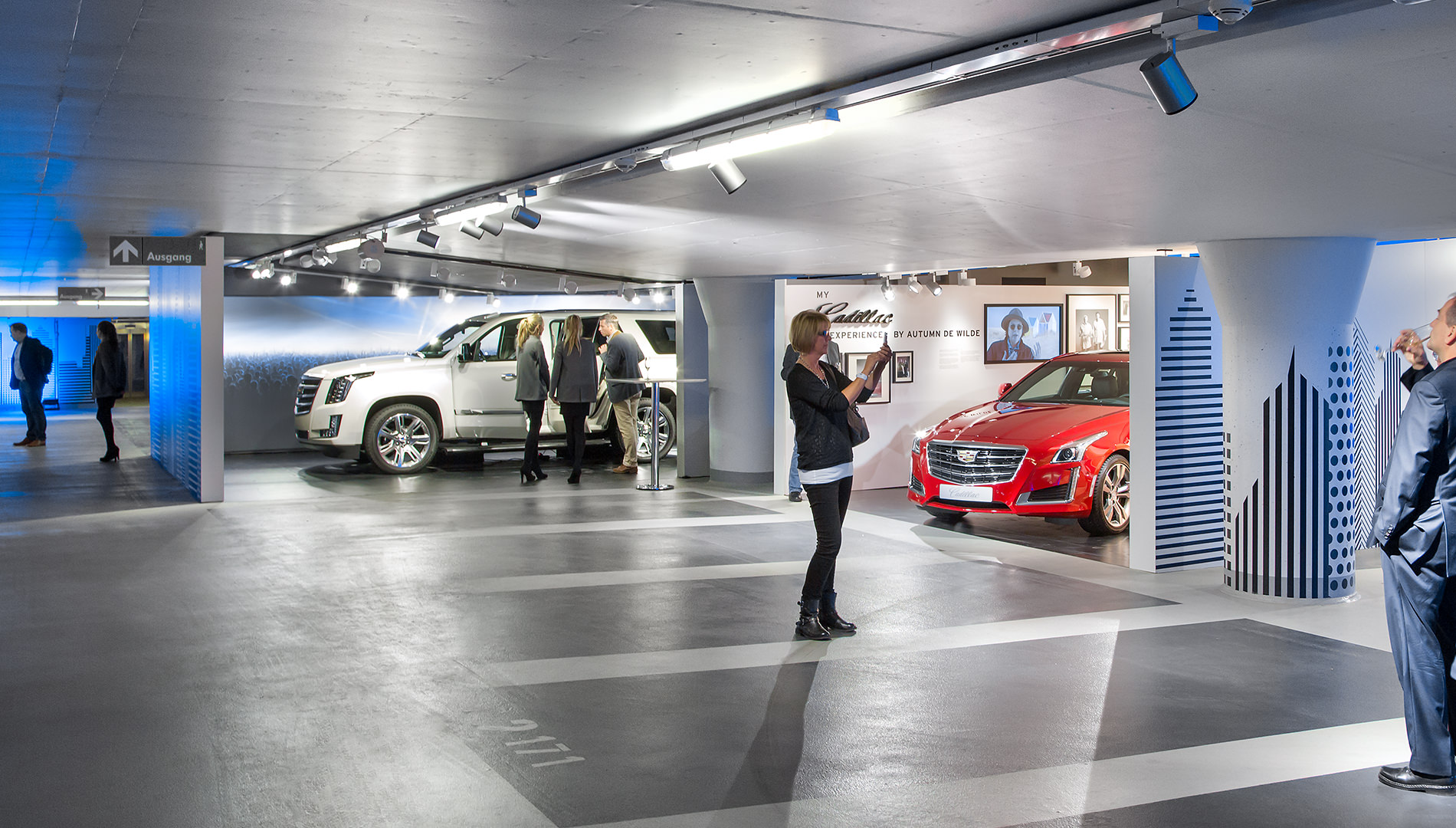 Messe Design Live Kommunikation Berlin Cadillac Experience Autos Parkhaus Gäste Going Places EventLabs