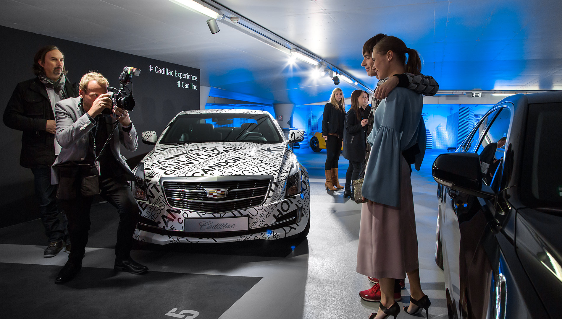 Messe Design Live Kommunikation Berlin Cadillac Experience Autos Gäste Fotograf Going Places EventLabs