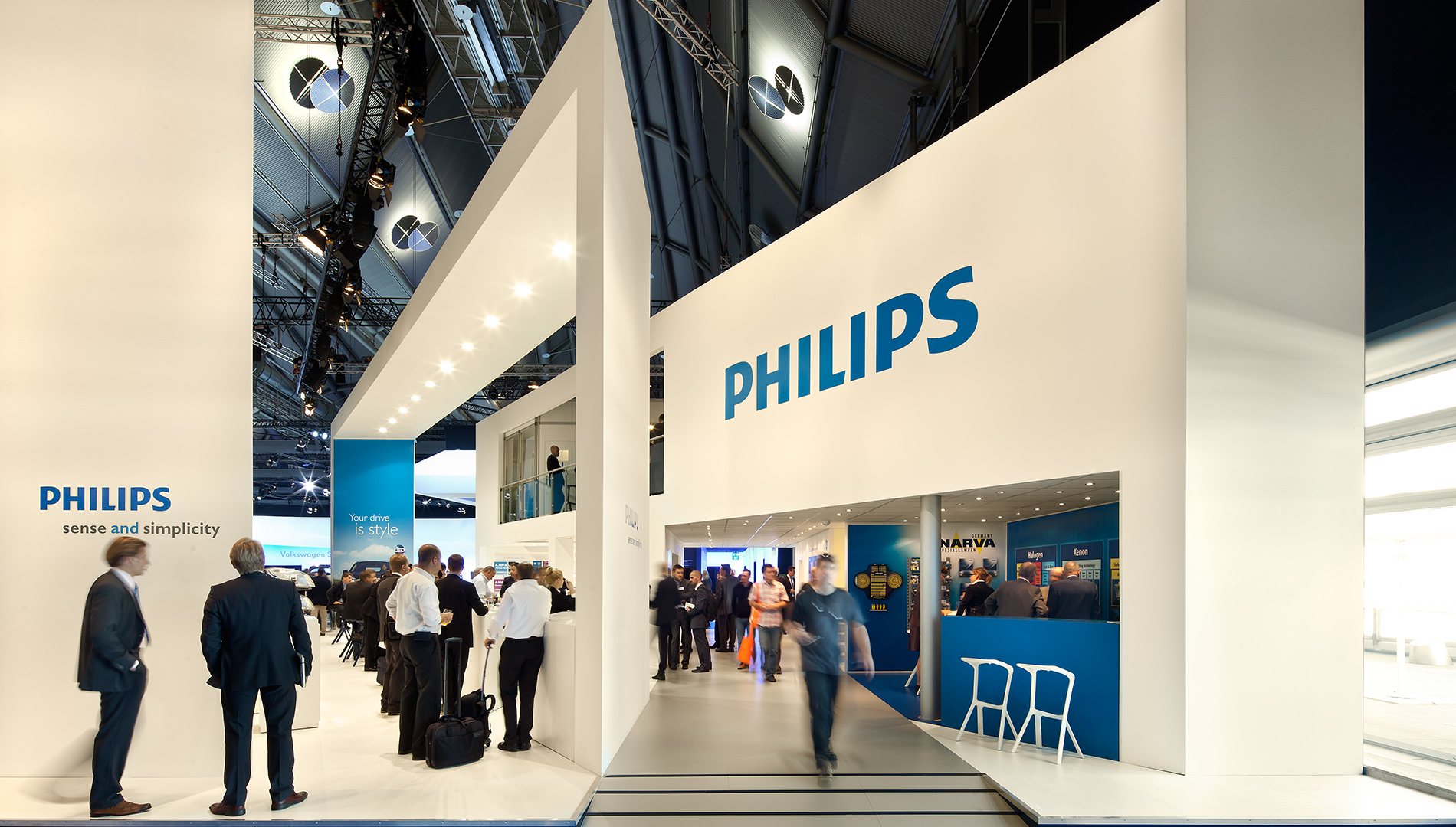 Messe Design Live Kommunikation Frankfurt Philips Automotive Lighting Messestand Gäste Going Places EventLabs